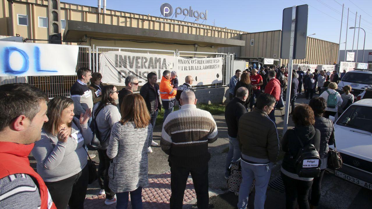 Rodando camino a Porriño sin el resto delvehículo.Tania Varela, durante su declaración en la Audiencia de Pontevedra, en una imagen de vídeo