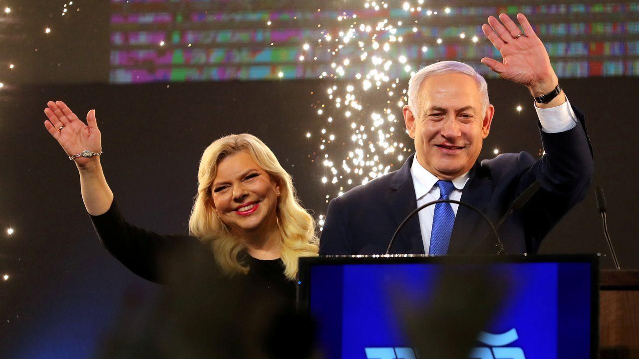 Netanyahu y su mujer, Sara
