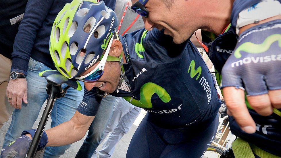 La décima etapa del Tour de Francia en imágenes.Valverde, agotado, tras cruzar la meta