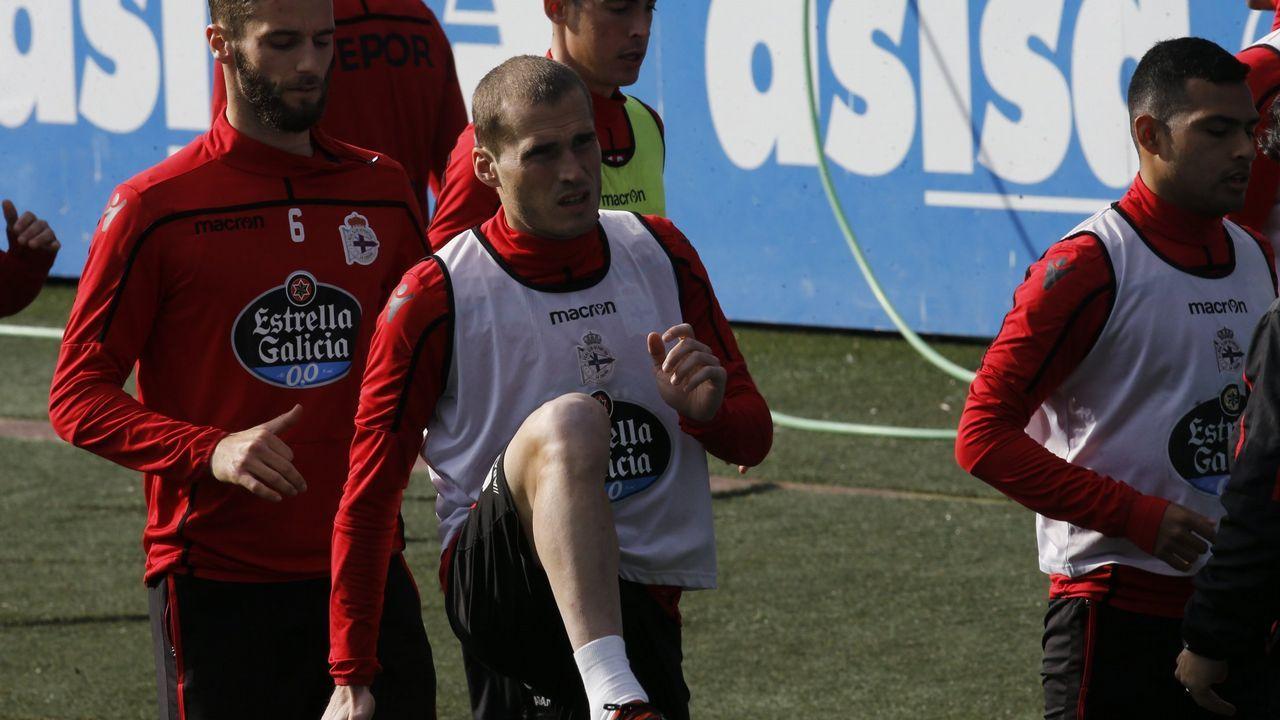Lucas Torró celebra un gol con sus compañeros del Eintracht Frankfurt???