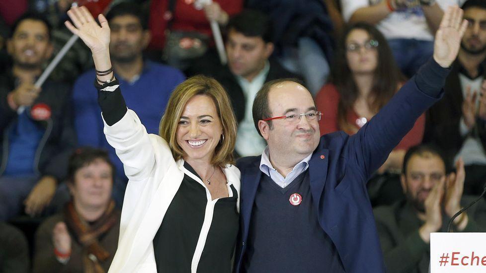 Miquel Iceta ahora baila «Estáis aquí» de Sidonie.Pedro Sánchez, con su mujer en la feria del libro de Madrid