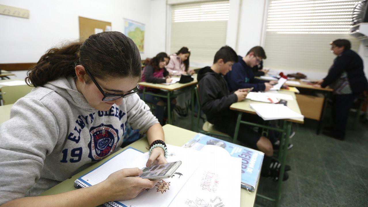 Concurso escolar de palabras en asturiano organizado por la Consejería de Educación.«Verba volant, scripta manent»: as palabras lévaas o vento e o escrito permanece