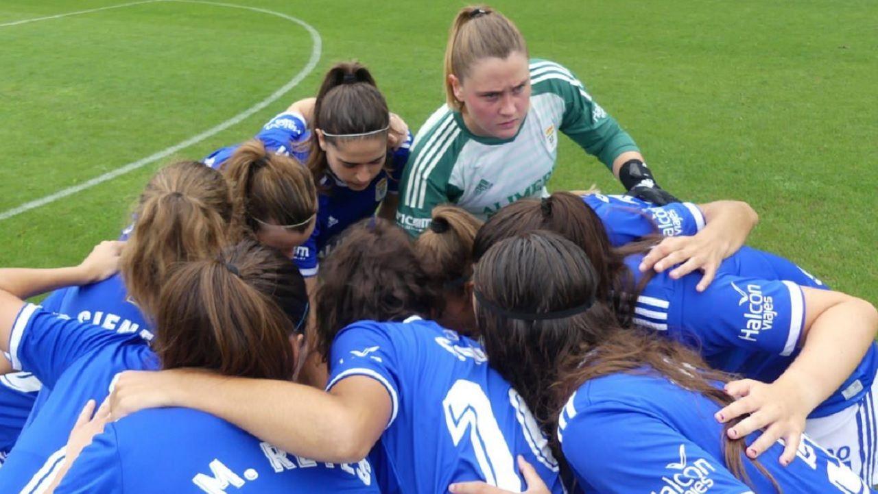 Real Oviedo Femenino.Alanis, durante su presentacion con el Real Oviedo