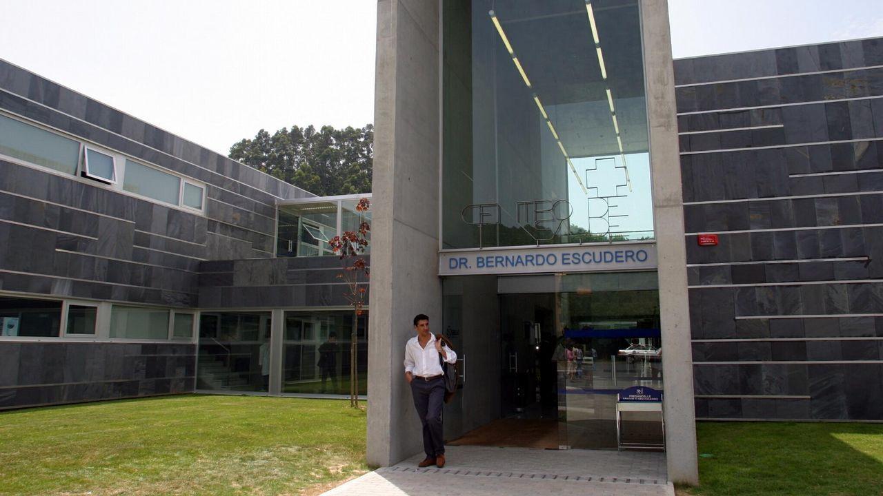 EFE.Más de 400 personas deciden el destino de los sueldos que donan los concejales de Somos Oviedo