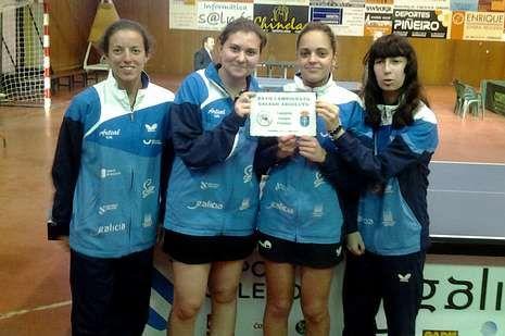 El equipo femenino del Arteal se impuso en la final al Monteporreiro.