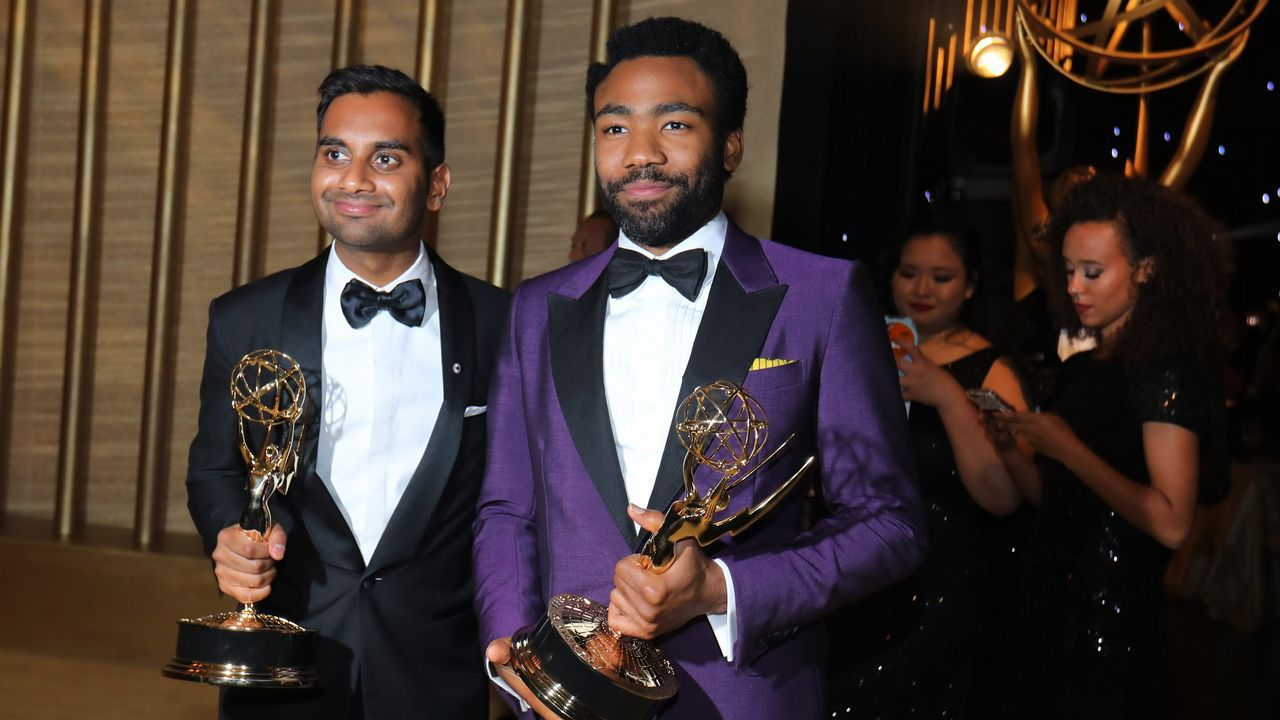 .Mejor guion de comedia para Aziz Ansari y Lena Waithe por «Master of None»