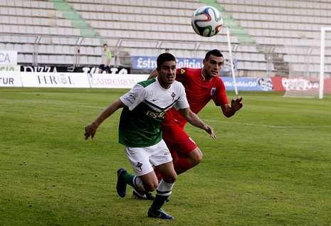 Thiago anotó un tanto en los 394 minutos que jugó con la camiseta racinguista.