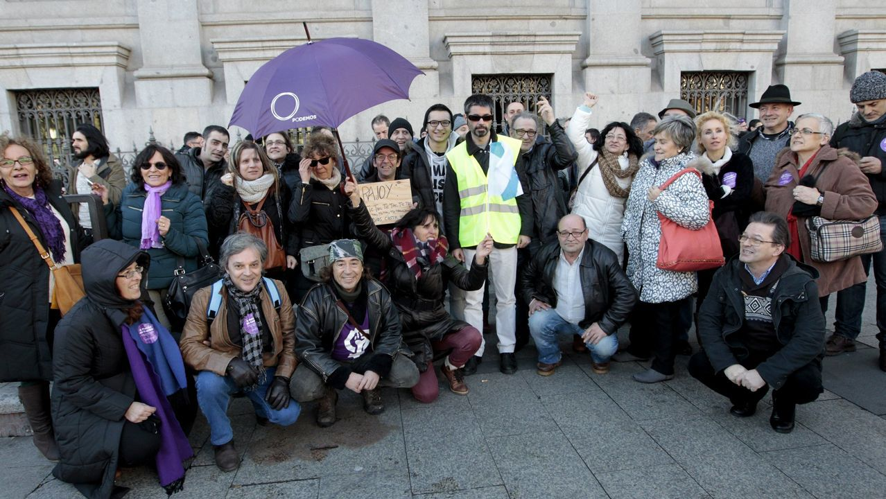 Manifestación de la plataforma en contra de la reapertura de la cantera de Teo