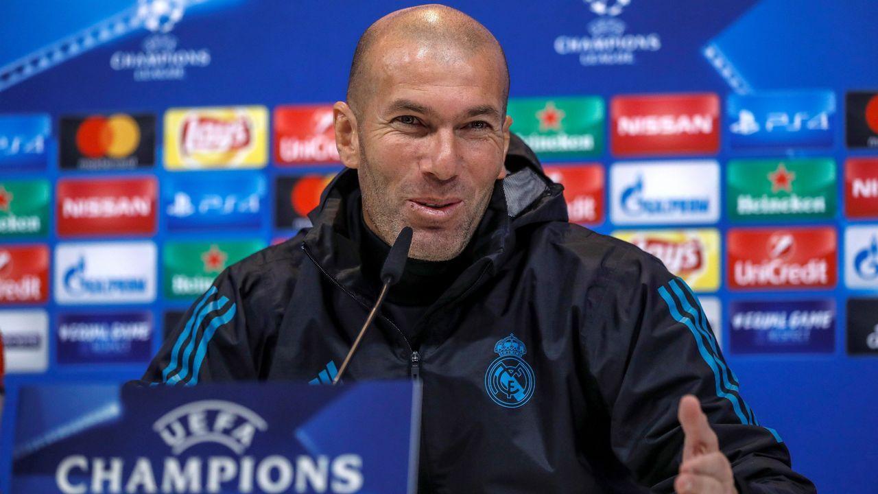 Zidane: «Algo pasa con los resultados y los goles, pero eso va a cambiar».