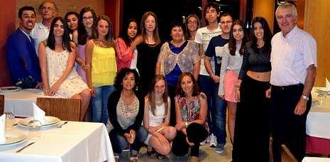 «A place with no name», lo nuevo del rey del pop.Los alumnos del Nuestra Señora del Carmen se despidieron del curso, del centro y de sus profesores.