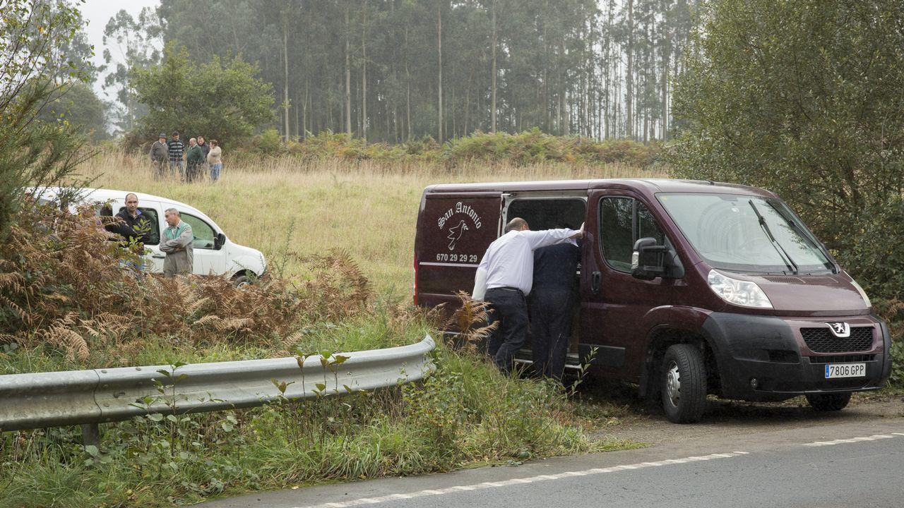 Fallece en Carballo un trabajador de Val do Dubra sepultado por un talud de tierra