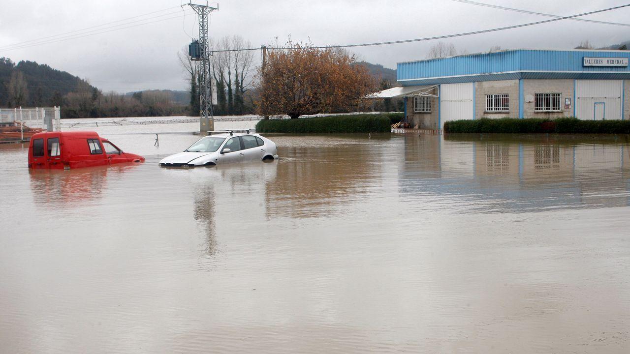Estado que presenta la localidad de Peñaullán, en el concejo de Pravia, por el desbordamiento del río Nalón como consecuencia de las intensas lluvias caídas