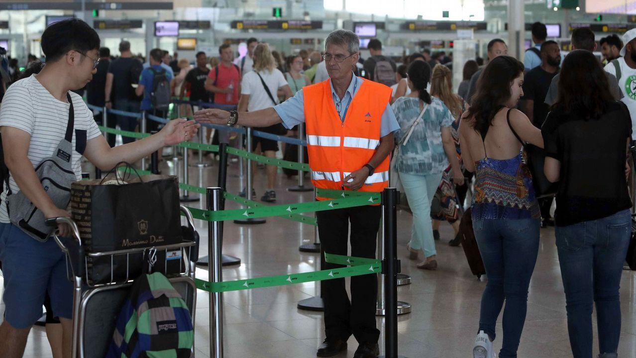 .Imagen de archivo de un control en un aeropuerto
