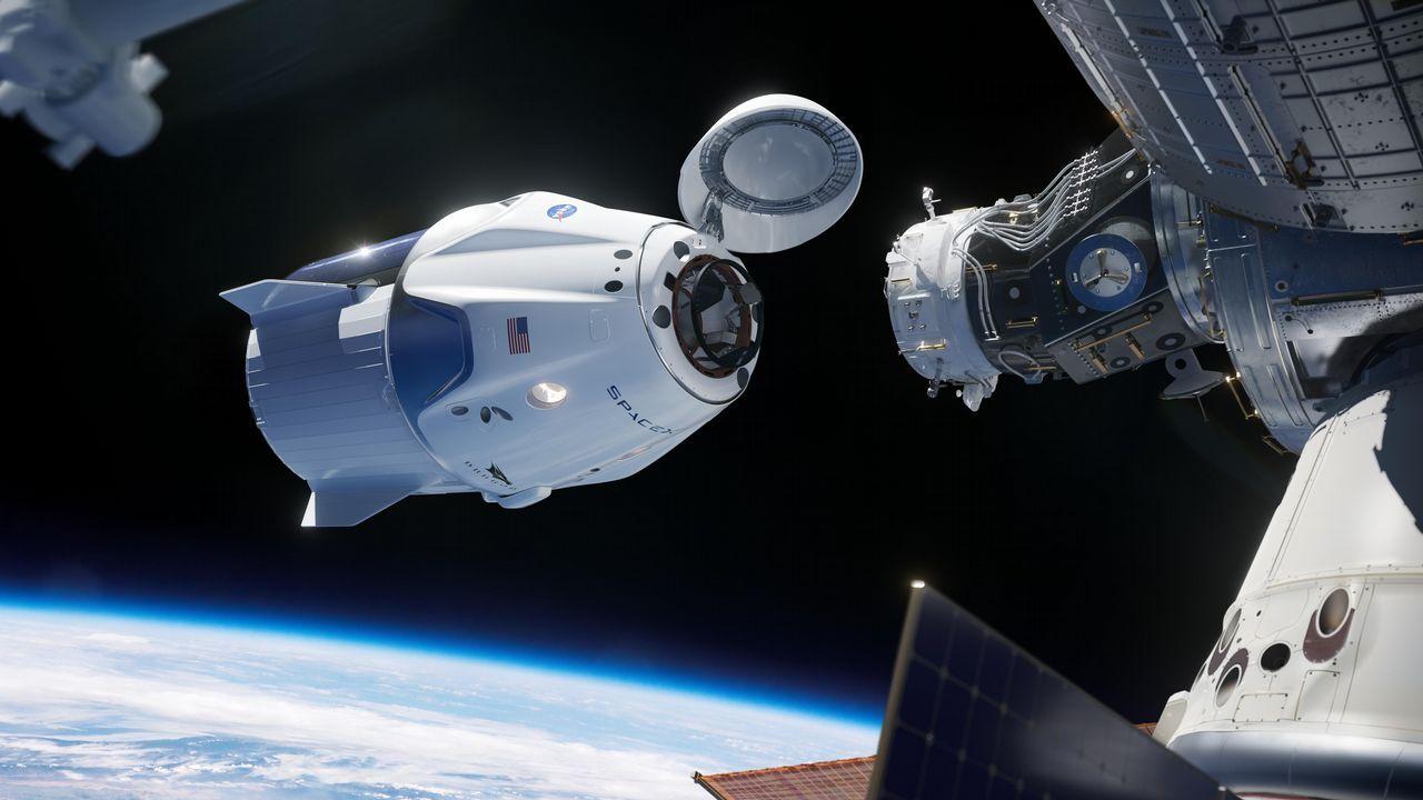 La Crew Dragon a punto de acoplarse a la ISS