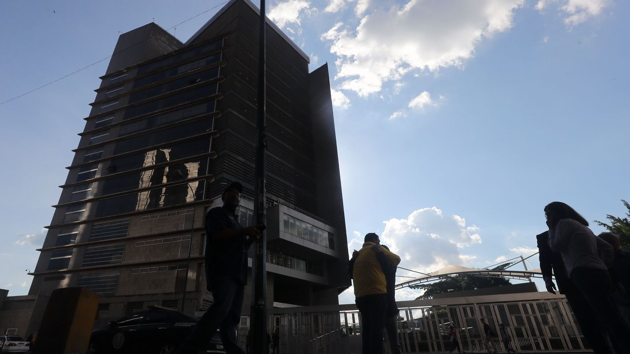Edificio del Servicio de Inteligencia donde murio el concejal venezolano