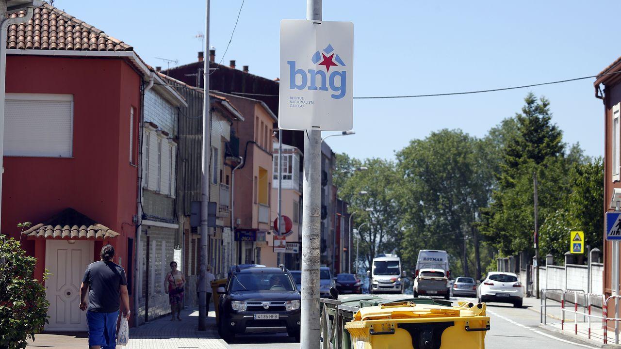 Los carteles electorales se resisten a decir adiós.Los siete candidatos a la alcaldía de Oviedo