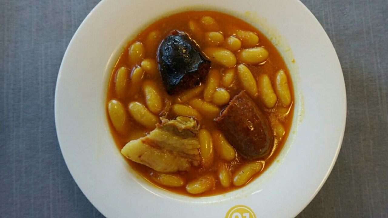 Fabada del restaurante la Sauceda