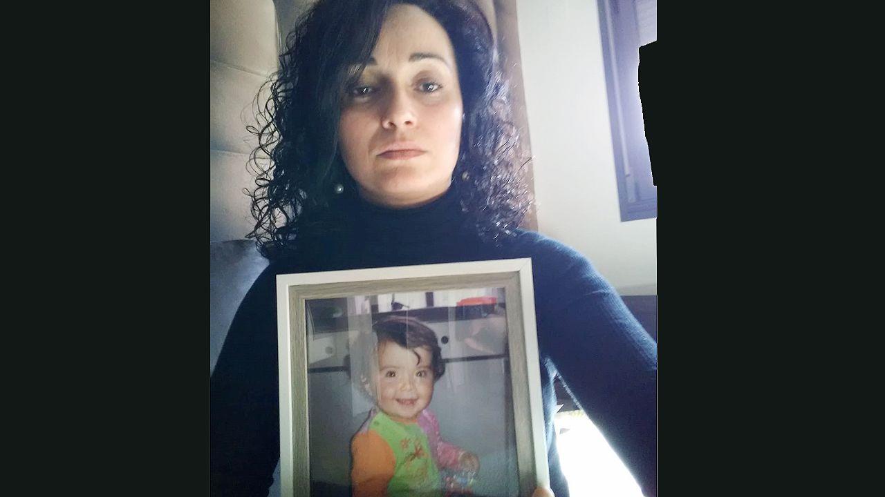 Cecilia Fernández, la madre de la niña que falleció por una palomita