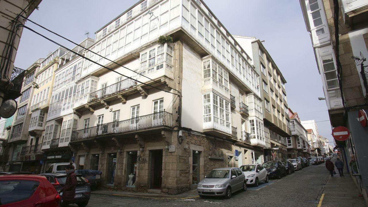La reforma exterior del edificio situado en la esquina de la calle de A Coruña y Magdalena comenzará próximamente