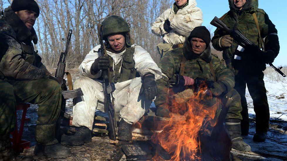 Conmoción por el asesinato a tiros en Moscú del líder opositor Boris Nemtsov.Separatistas prorrusos hacen un alto frente a un fuego durante el asedio a Debáltsevo.