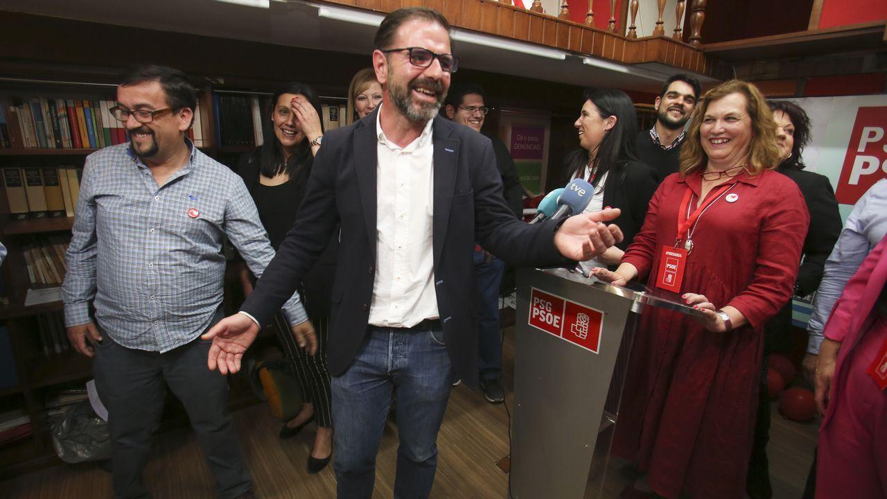 Las imágenes del 26M en Ferrol, Eume y Ortegal.Cata con el director técnico de la D. O. de Rioja Pablo Franco en Fevino, en la imagen el enólogo Xosé Lois Sebio