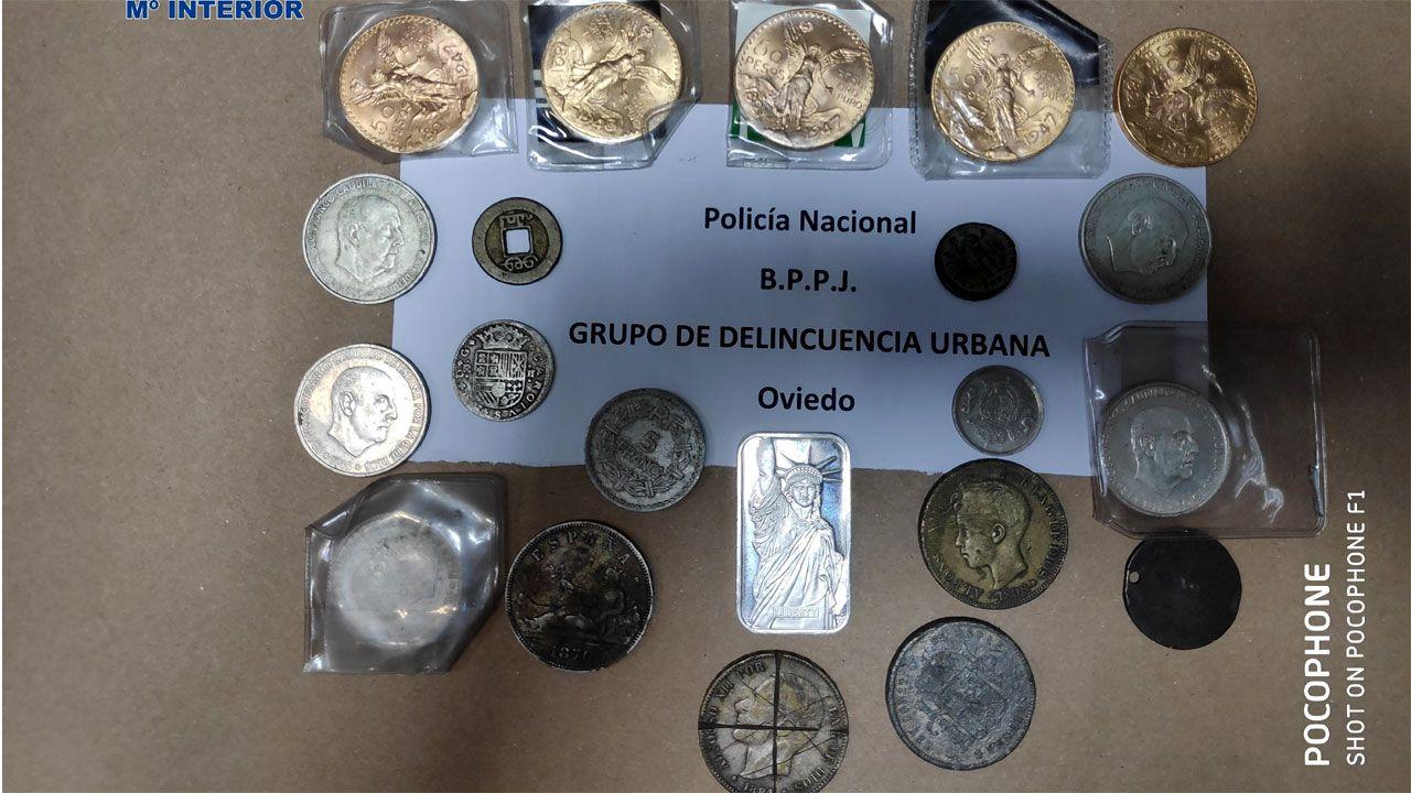 Algunas de las monedas recuperadas por la Policía Nacional