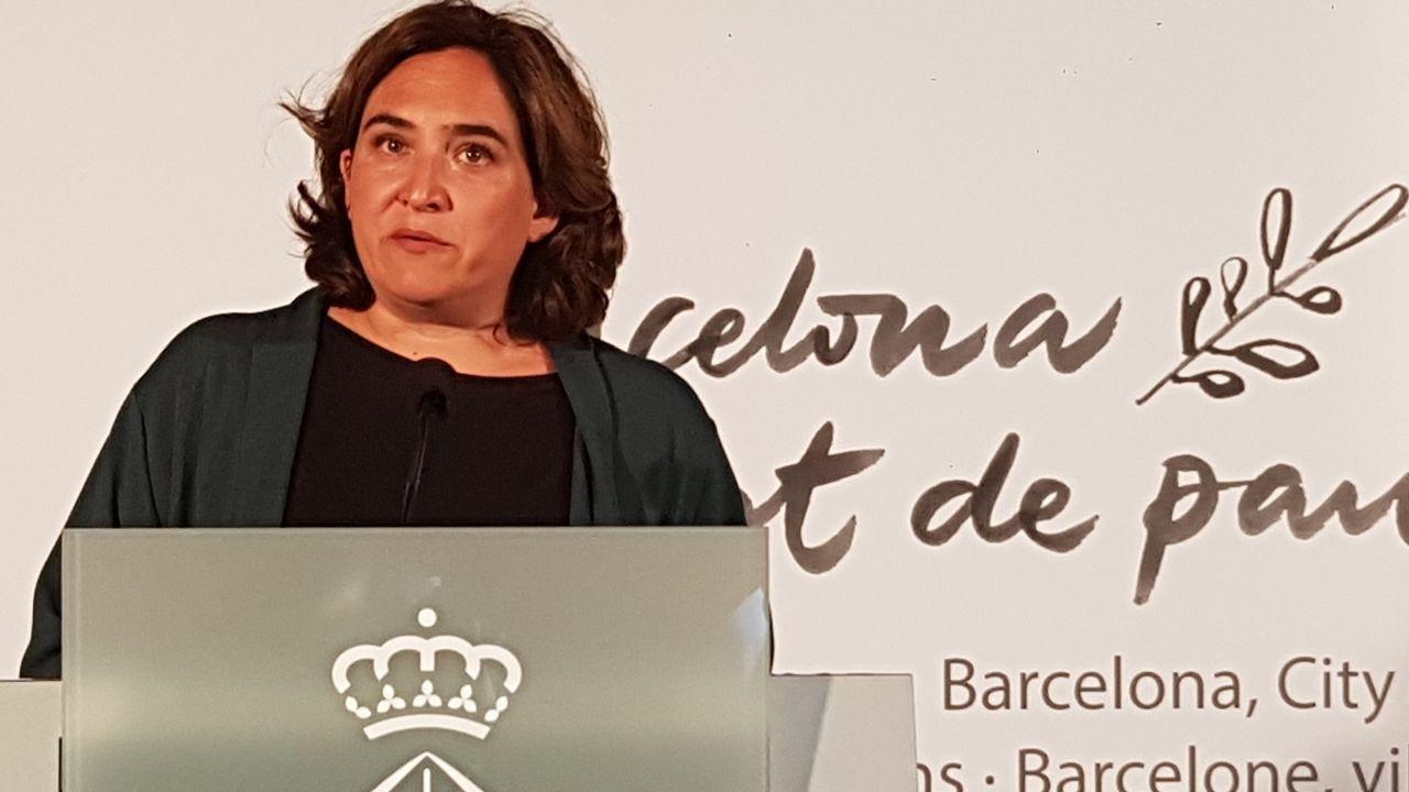 Último adiós a Montserrat Caballé en Barcelona.Los Mossos ante el Parlamento Catalán durante la jornada del referendo ilegal del 1-O