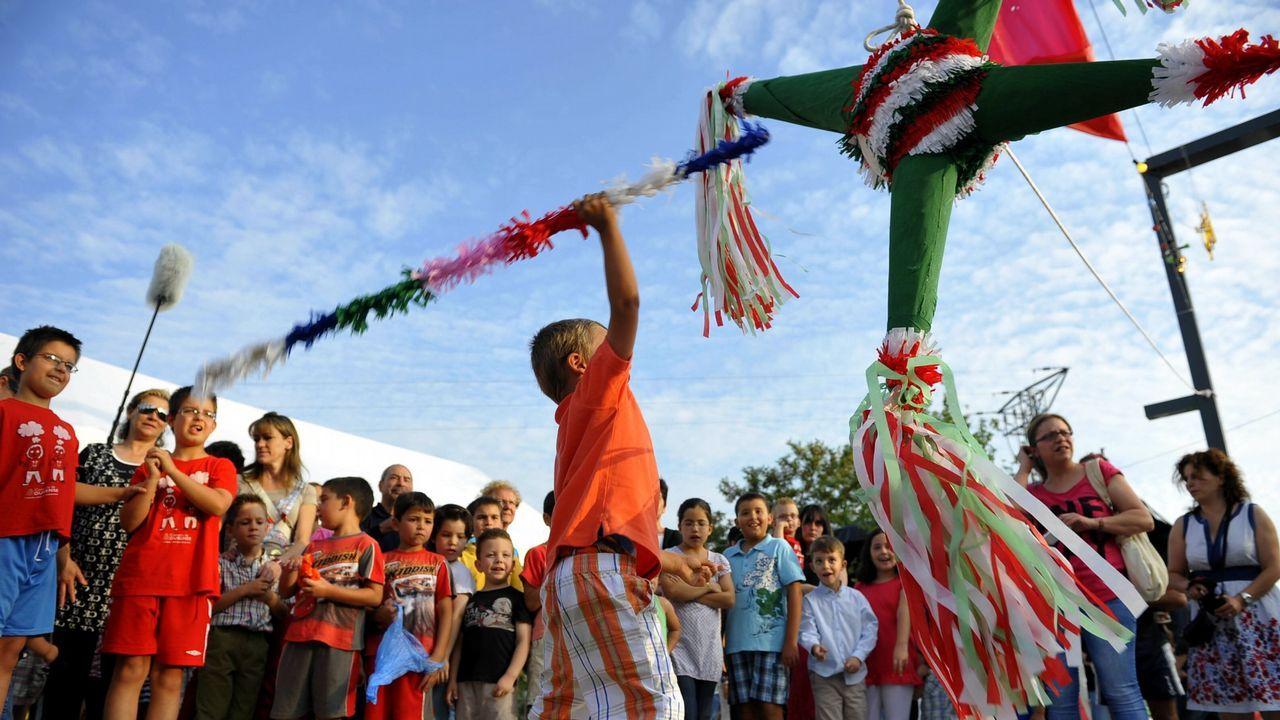 Los niños rescatados en Nuevo México estaban siendo adoctrinados para atentar en escuelas.Amalija y Viktor Knavs, padres de Melania Trump