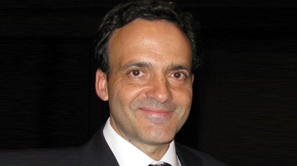 El médico del HUCA Juan Pablo Rodrigo