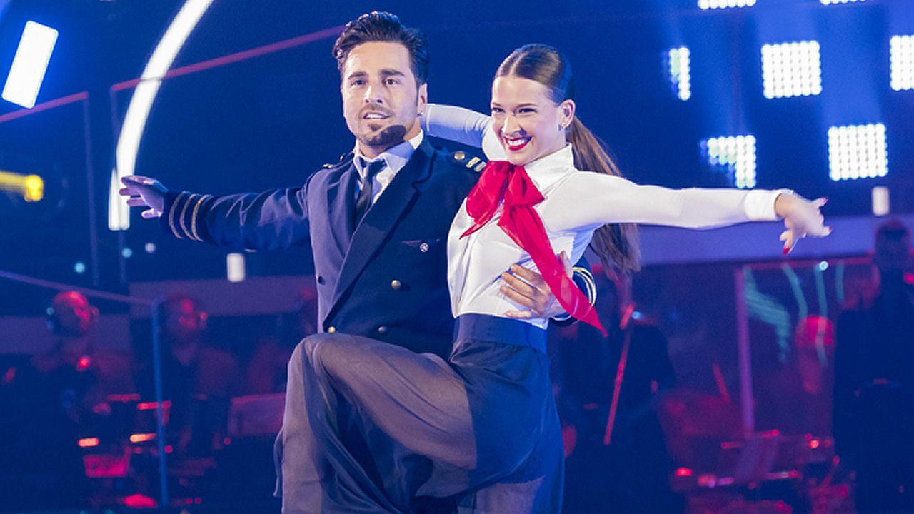 Bustamante y Yana bailan «Nothing else matters».La actriz Paula Echevarría