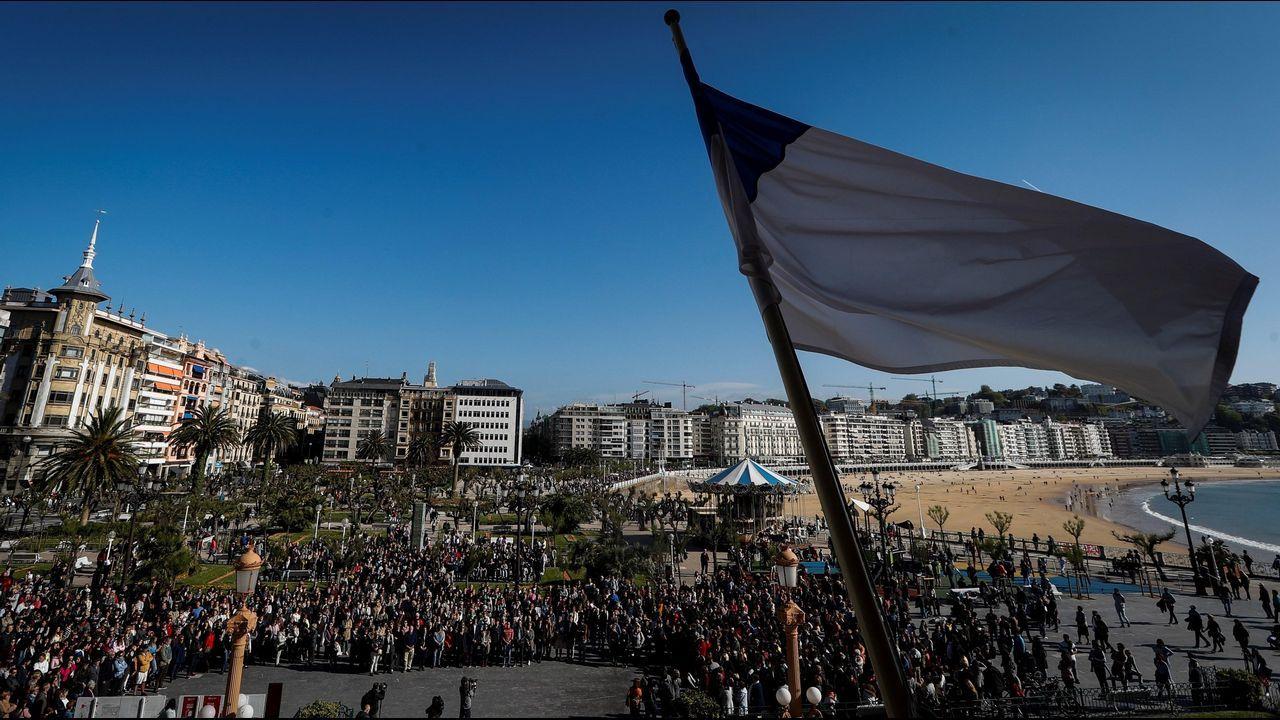 racismo, xenofobia.Concentración en San Sebastián en protesta por la muerte de un menor tras recibir una brutal paliza