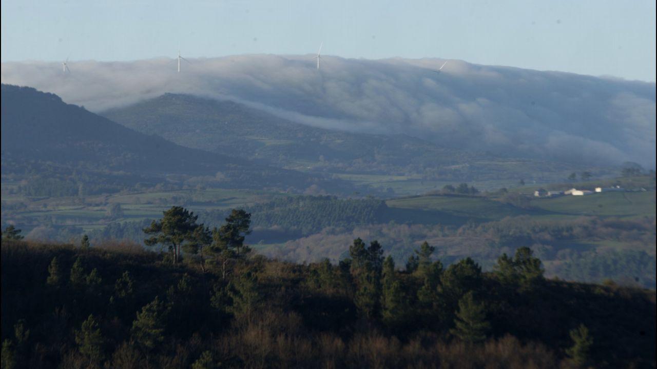 Galicia en alerta por la borrasca Helena.Día de nieve en Manzaneda