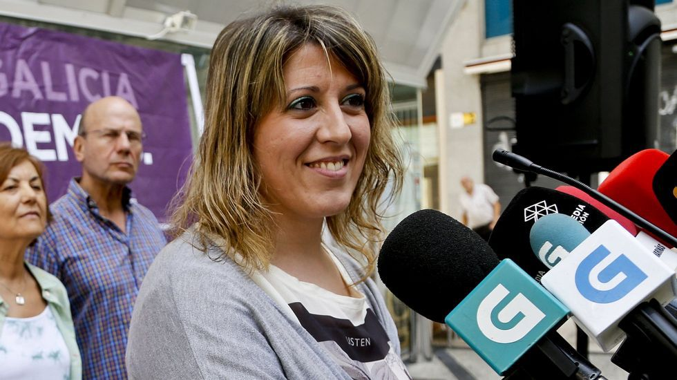 Albert Rivera: «Vamos a ser decisivos para que muchas alcaldías no tengan alcaldes populistas».Feijóo durante su discurso en el Auditorio de Oviedo.