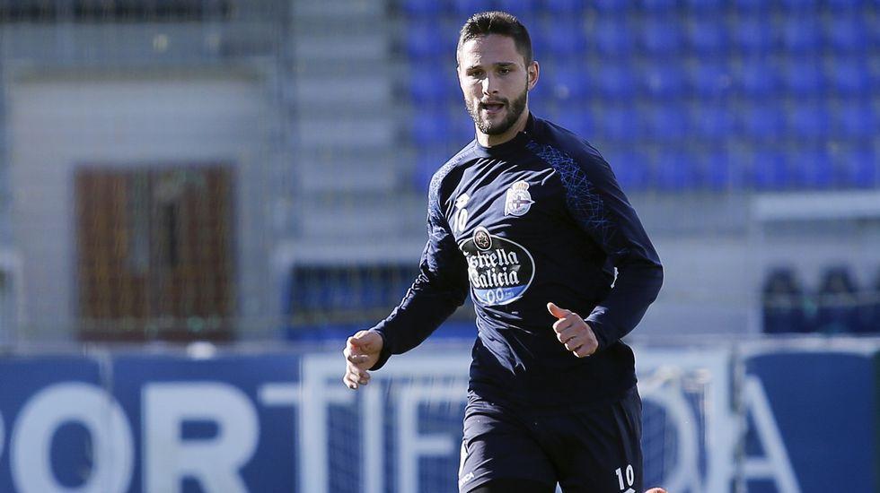 Mentalizados en ganar a la Real.Borja Valle durante una sesión de entrenamiento en su etapa en el Real Oviedo