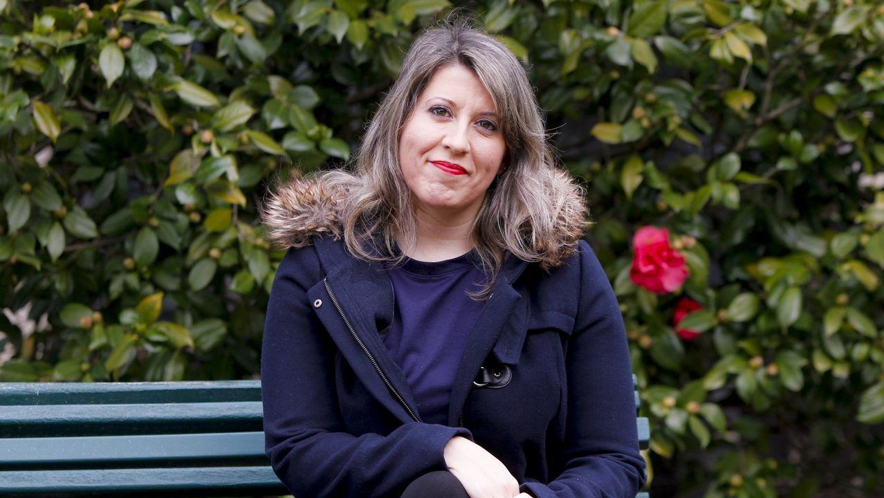 Carmen Santos (Parlamento de Galicia). Anterior secretaria xeral de Podemos Galicia con la oposición de los afines a Gómez-Reino, siempre fue crítica con el pacto de En Marea y se postuló a favor de una coalición.
