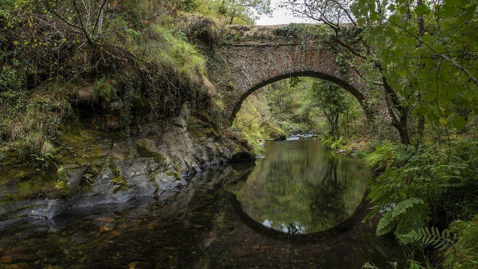 Un recorrido visual por la ruta del puente de Arco da Veiga