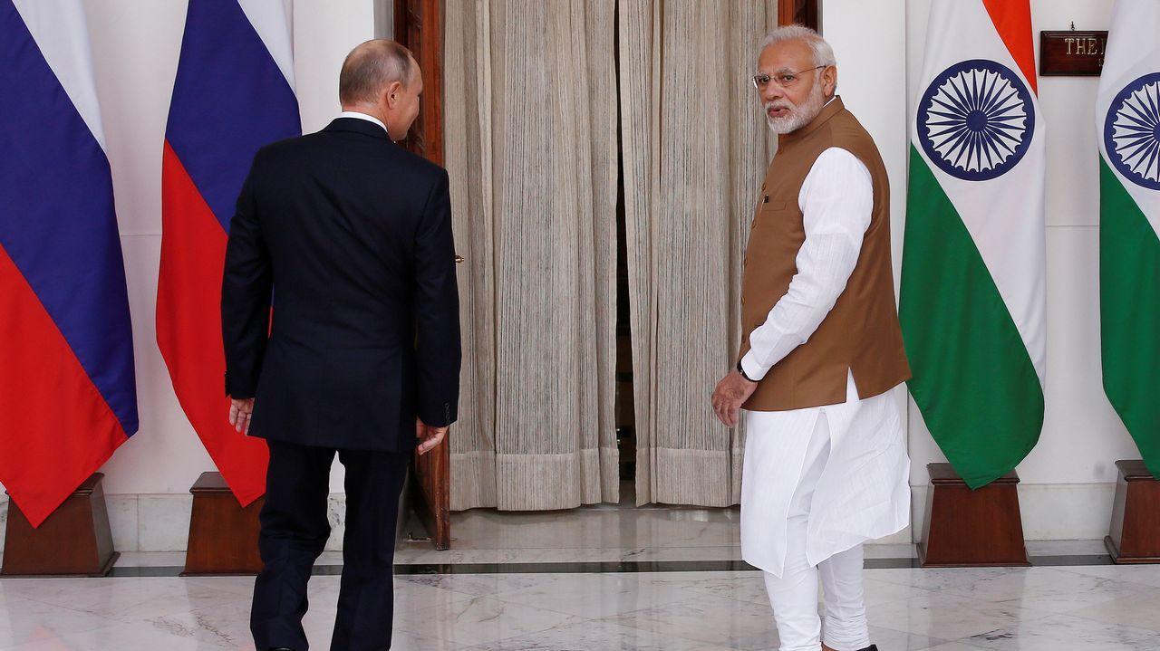 El nuevo puente de 55 kilómetros sobre el delta del río de las Perlas.Putin y Modi se dirigen a su reunión en Delhi