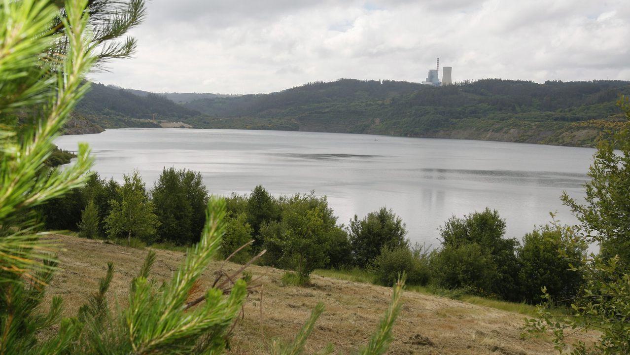 Vuelve el agua a las fuentes de A Coruña