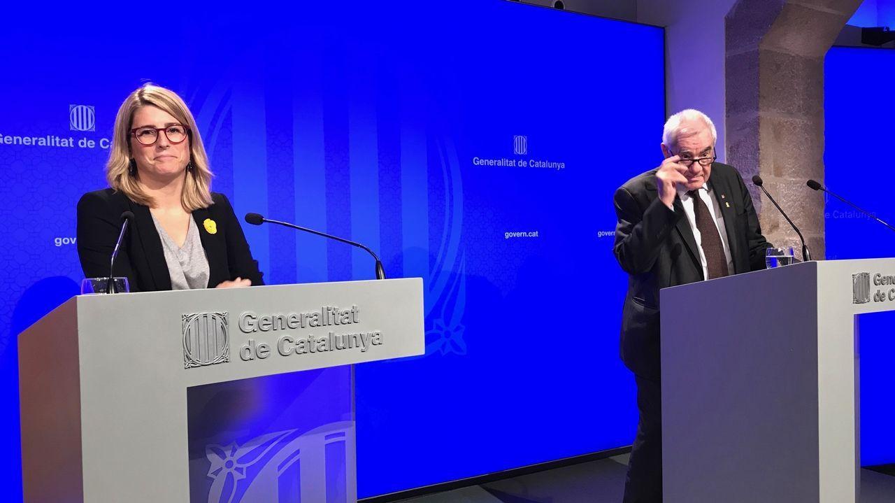 «¡La república no existe, idiota!».La portavoz del Govern, Elsa Artadi, y el conseller de Exteriores, Ernest Maragall