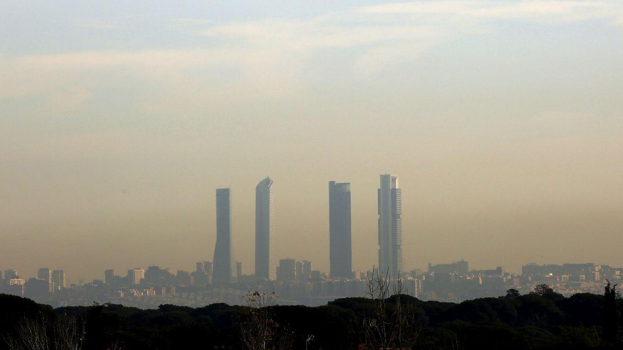 .Nube de polución sobre Madrid