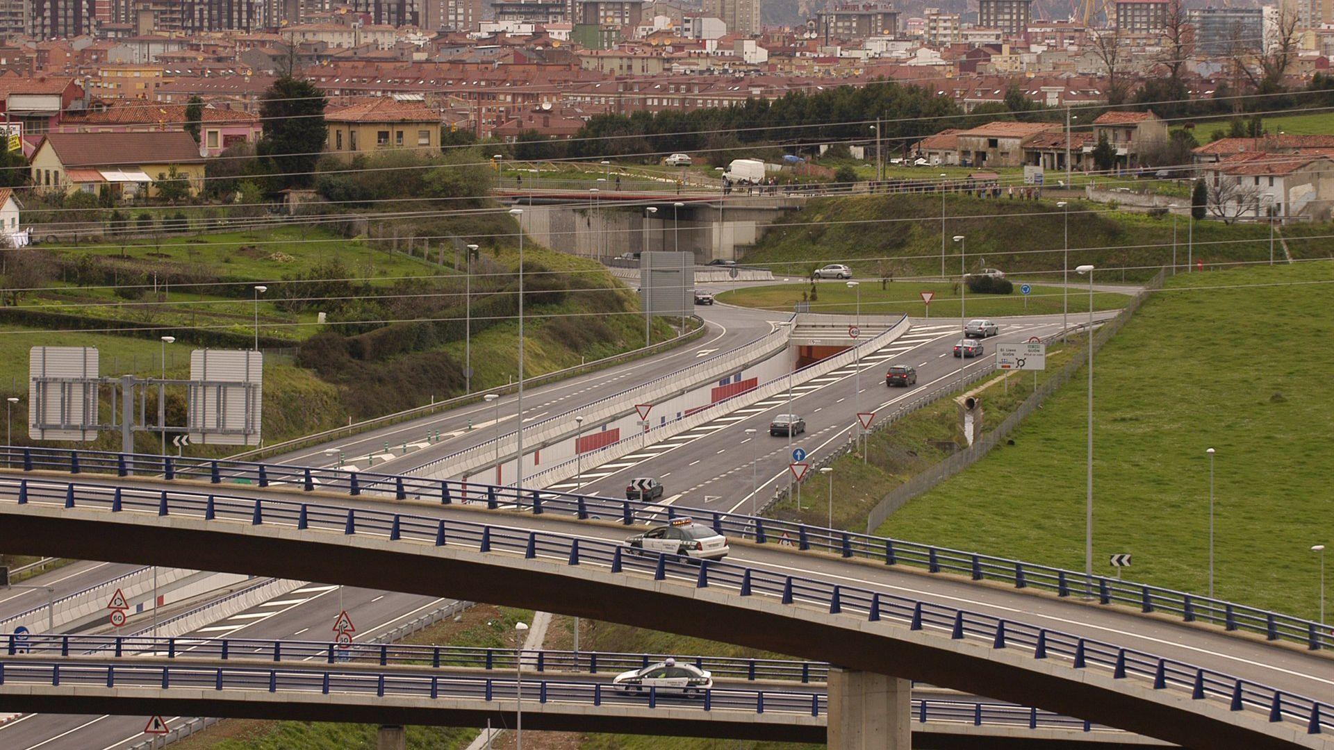 .La autovía minera en el acceso a Gijón