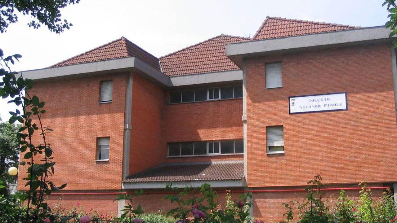 Colegio Público Nicanor Piñole