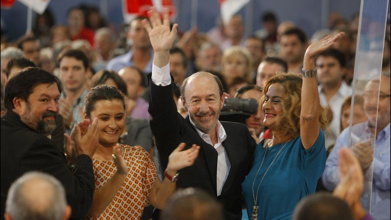 Mitin de precampaña en octubre del 2011 con Francisco Caamaño, Laura Seara y Carmela Silva
