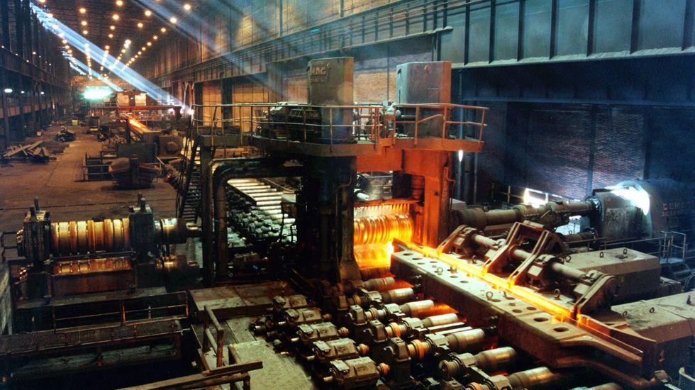 Entrevista Isaac Pola.Factoría de ArcelorMittal en Gijón