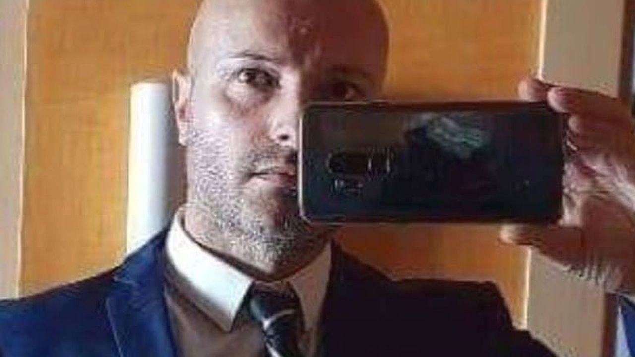 Manuel Gil en una foto tomada por él mismo para su cuenta de Facebook