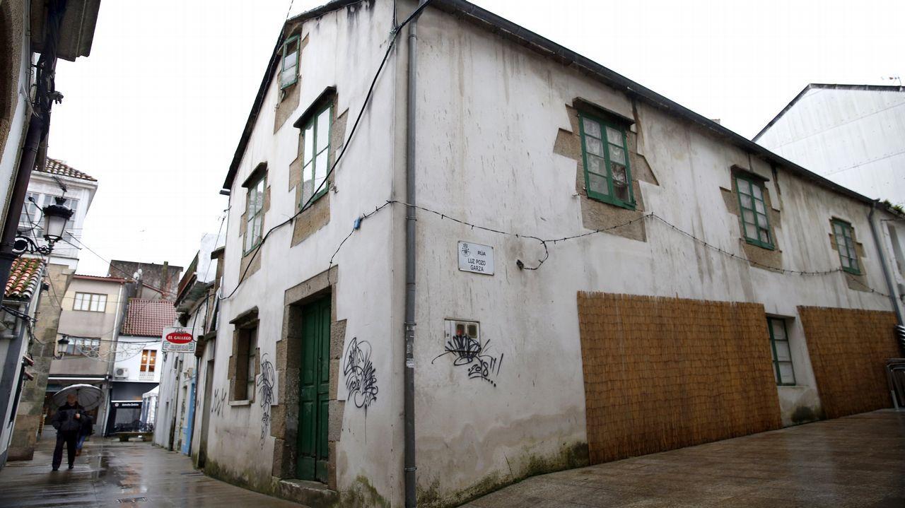 Pintadas encontradas en casas protegidas de A Pobra en enero de este año.