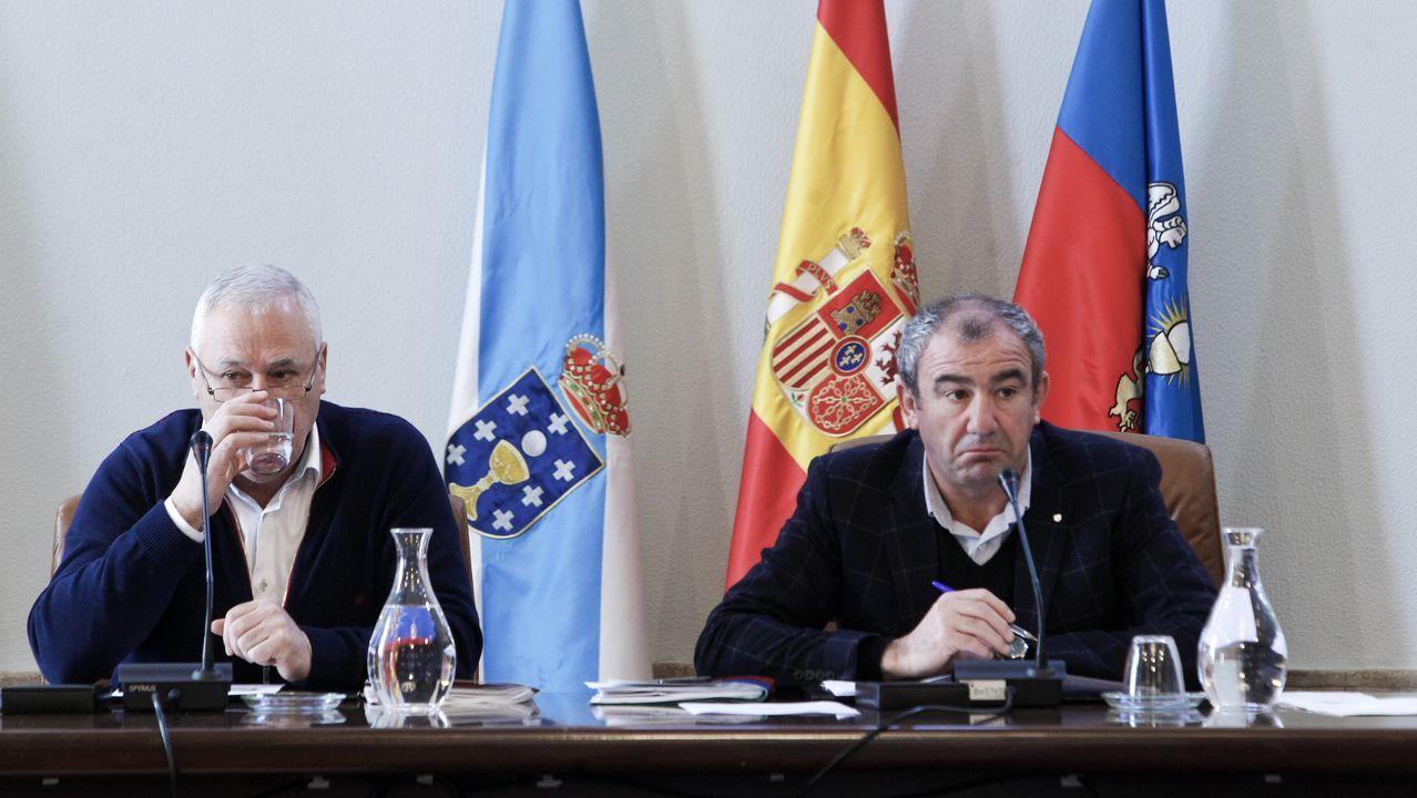 Treinta futuros médicos conocen en Lugo las posibilidades del termalismo.