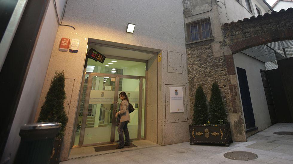 Edificio en la calle Uría tras el incendio.Antigua oficina de recaudación del Ayuntamiento de Oviedo