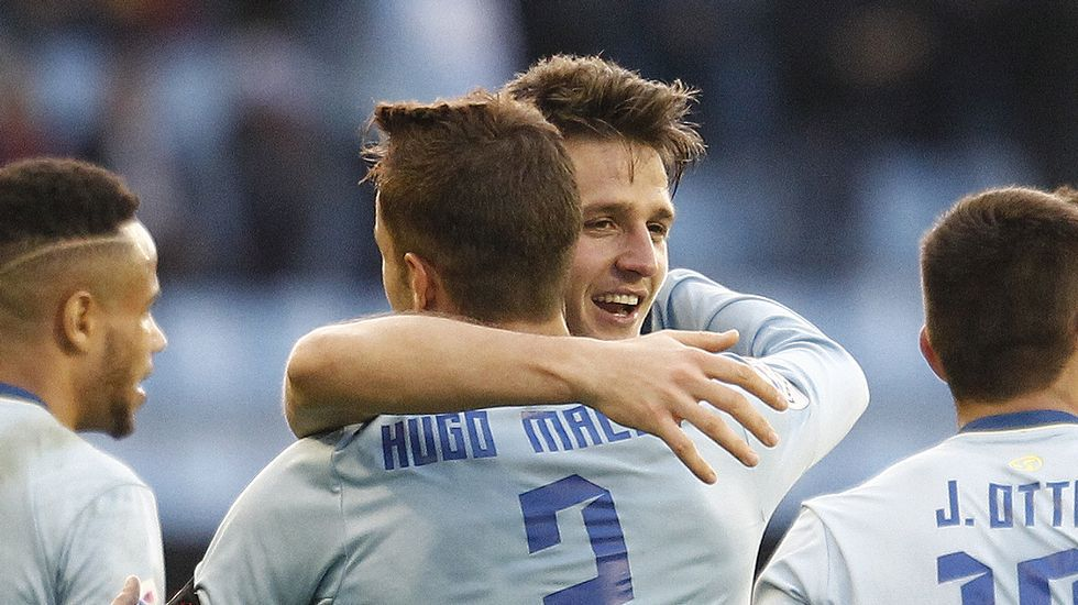El Celta y la afición, en Ucrania.Radoja vive su tercera temporada en el Celta, con el que marcó su primer gol precisamente frente al Alavés.