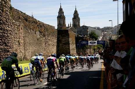 La Vuelta Ciclista a España discurrió por las calles de Lugo en el año 2006.